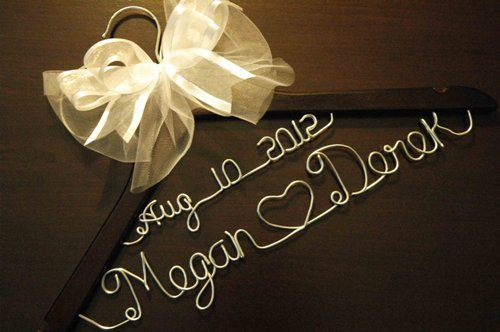How to make personalized wedding hangers 5 tips daily for Personalized wedding dress hangers