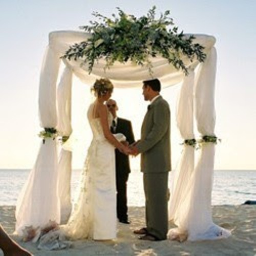 Diy Beach Wedding Arch: How To Make Wedding Backdrop Frame: 5 Tips