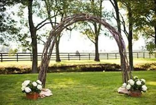 How To Make A Wedding Arch Out Of Wood Ideas