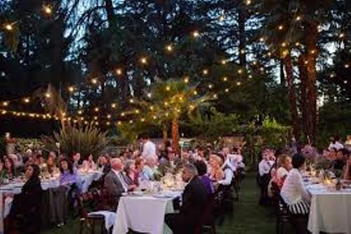 How To Decorate A Backyard Wedding Reception 5 Guides Daily Wedding Tips