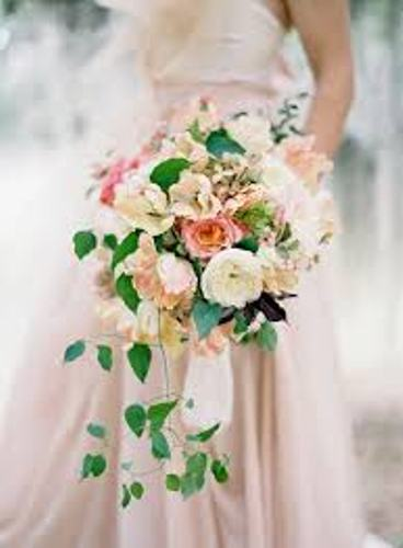 How To Create A Cascading Wedding Bouquet Pic