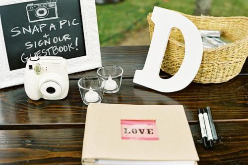 How to Create Wedding Guest Book Ideas
