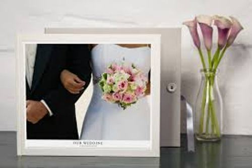 How to Create a Wedding Albums