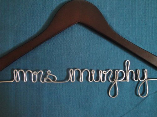How to Make Personalized Wedding Hangers Ideas