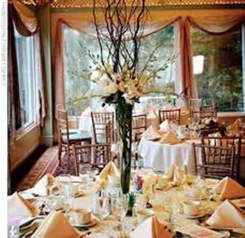 How To Make Wedding Centerpieces On A Budget: 5 Guides | Daily ...