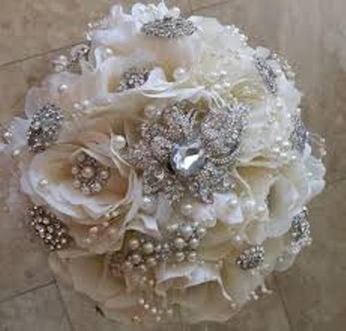 How to Make a Wedding Bouquet Out of Silk Flowers with Pearls