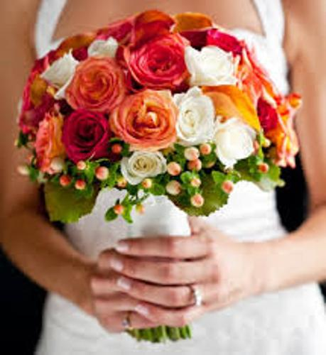 How to Make a Wedding Bouquet with Roses Multicolor
