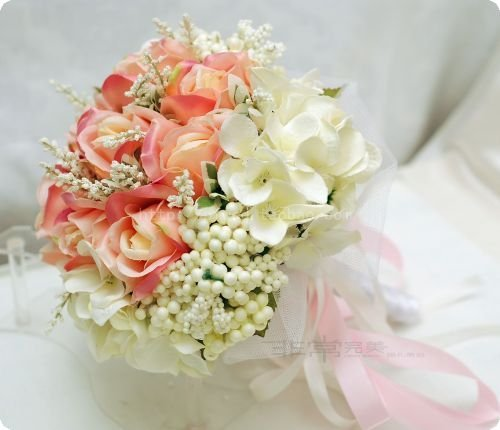 How to Make a Wedding Bouquet with Silk Flowers Style