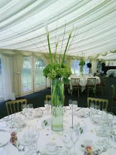 Wedding Table Flowers Design
